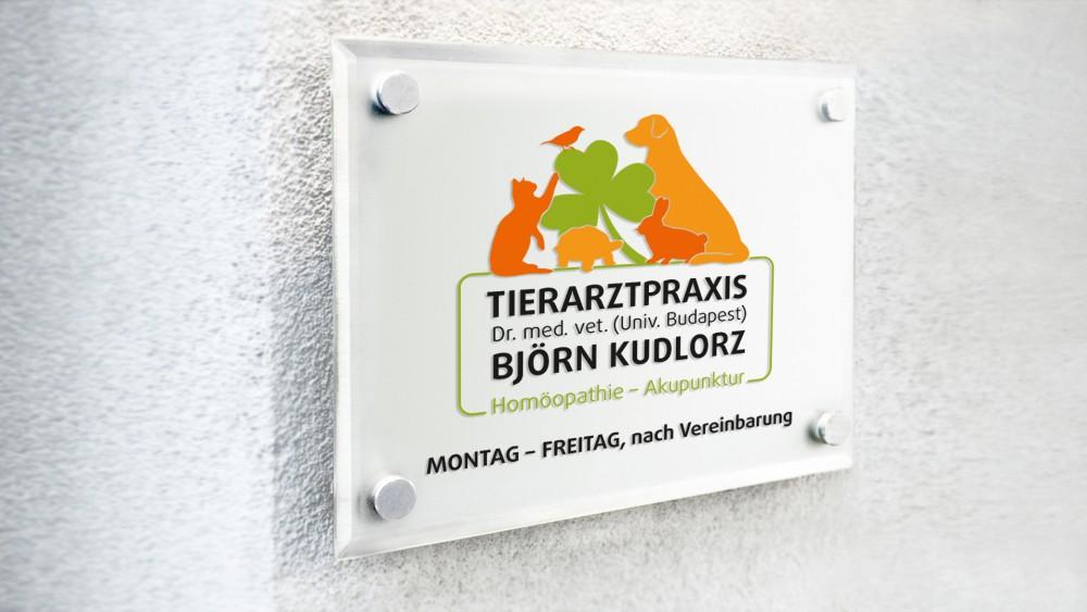 Schild Tierarztpraxis Björn Kudlorz